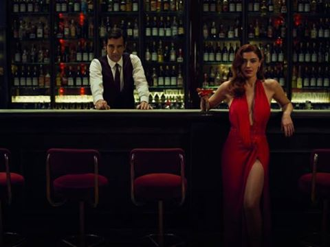 Killer in Red: Sorrentino gira un corto da Oscar per Campari